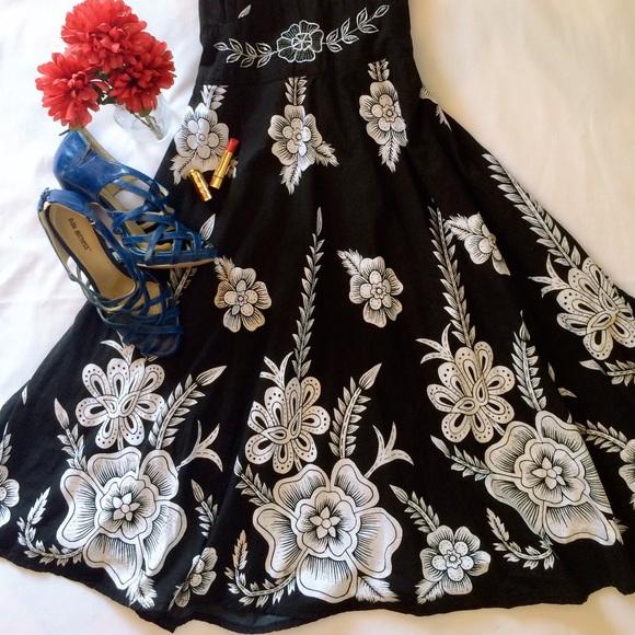 ed912849cee0 Dresses | Beautiful Hawaiian Flower Maxi Dress | Poshmark